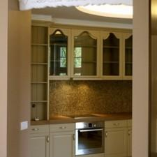 apartament-gorny-sopot-wejscie-kuchnia