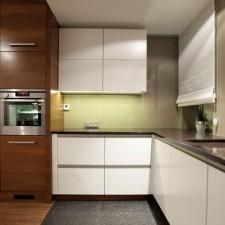 apartament-na-wzgorzu-kuchnia-blat-roboczy
